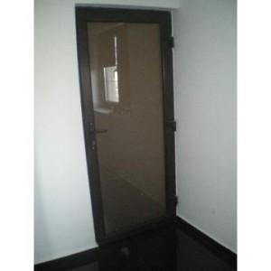 Usa-aluminiu-de-interior_6910252_1346595829